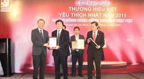 """VietABank 6 năm liền đạt danh hiệu """"Thương hiệu Việt được yêu thích nhất năm 2015"""""""