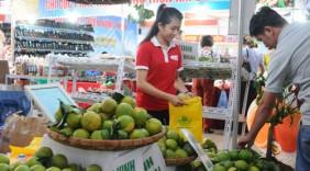 """""""Tuần hàng Việt"""" tại Hà Nội: Đưa hàng bình ổn giá tới người tiêu dùng"""