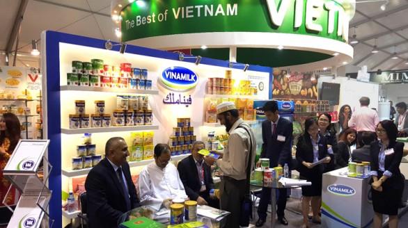 Vinamilk ký hợp đồng xuất khẩu trị giá hàng chục triệu USD tại Hội chợ Gulfood 2016