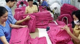 Nhiều doanh nghiệp dệt may kín đơn hàng đến cuối năm