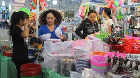 Vĩnh Long: Ngày càng mặn mà với hàng Việt