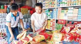 """Phát triển thị trường 2017: Gắn với """"Người Việt dùng hàng Việt"""""""