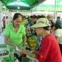 Sôi nổi Chợ phiên Nông sản an toàn T.P Hồ Chí Minh