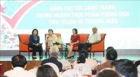 Thực phẩm Việt cần cạnh tranh bằng tiêu chuẩn và thương hiệu