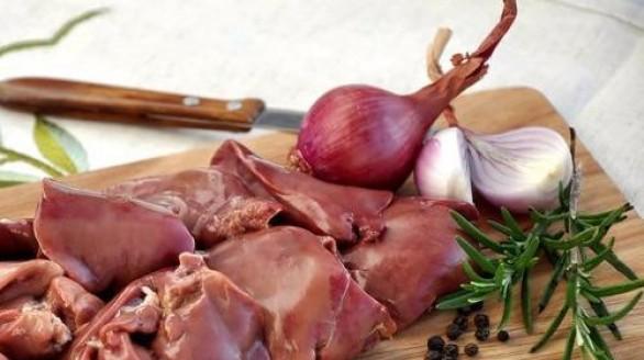 Công dụng chữa bệnh không ngờ từ nội tạng của gà