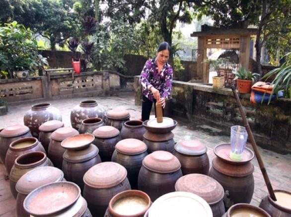 Làng nghề làm tương ở Nam Đàn