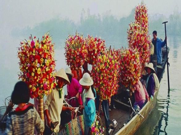 Nghề làm hoa giấy ở Thanh Tiên