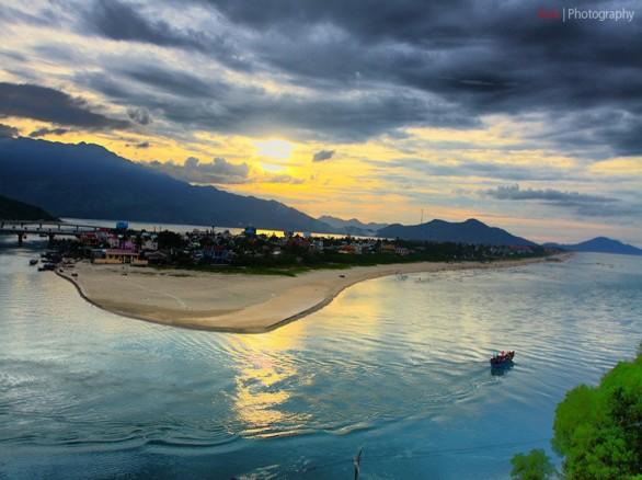 Vịnh Lăng Cô - Huế