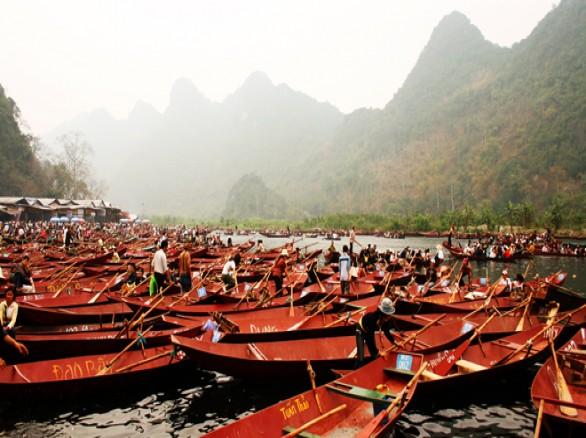 Chùa Hương ở Hà Nội