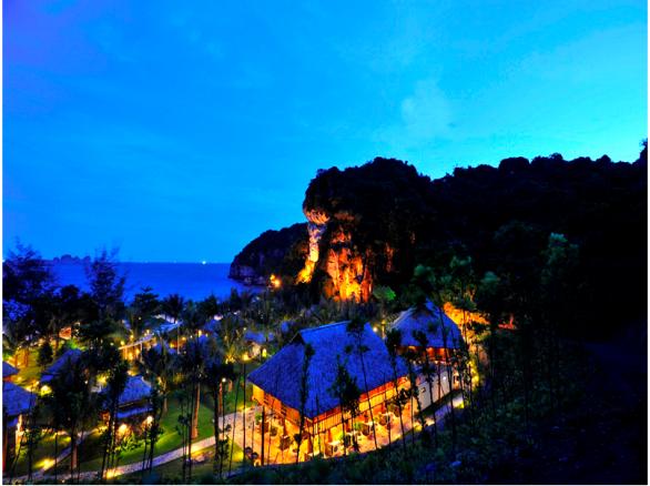 Vẻ đẹp biển đảo Cát Bà về đêm