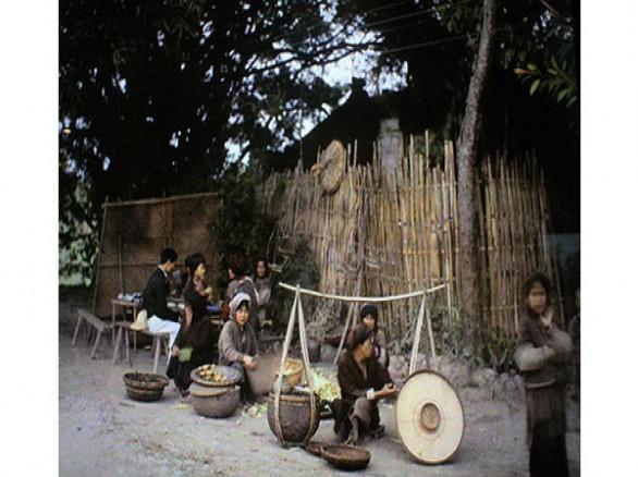 Nao lòng trước vẻ bình dị của phiên chợ Hà Nội xưa