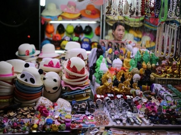 Thu hút khách du lịch - Chợ đêm Nha Trang