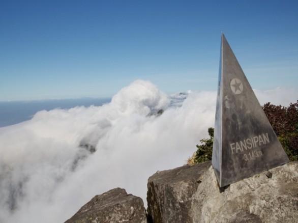 Săn mây ở đỉnh Phan Xi Păng