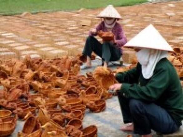 Làng nghề mây tre đan Phú Vinh
