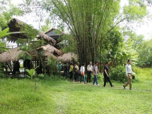 Du lịch Triêm Tây - Vùng đất lở thành điểm du lịch làng quê