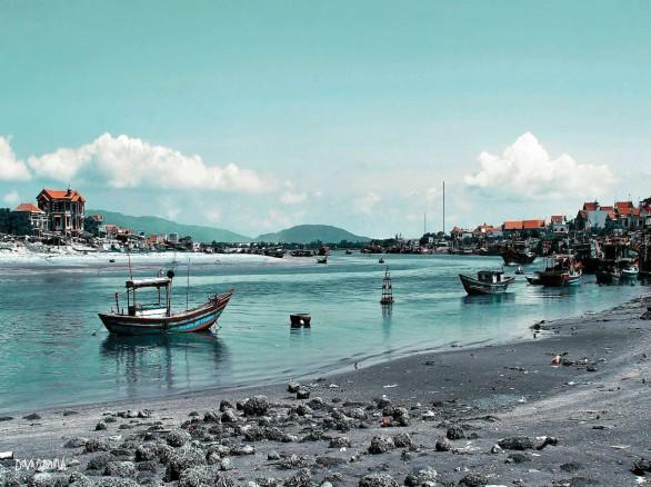 Hải Hòa - Bãi biển còn hoang dã ở Tĩnh Gia
