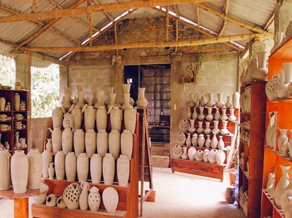 Làng nghề gốm Phước Tích