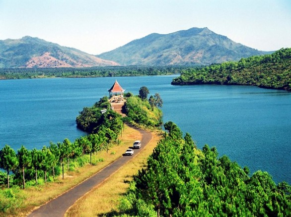 Biển hồ Gia Lai: Đôi mắt Pleiku