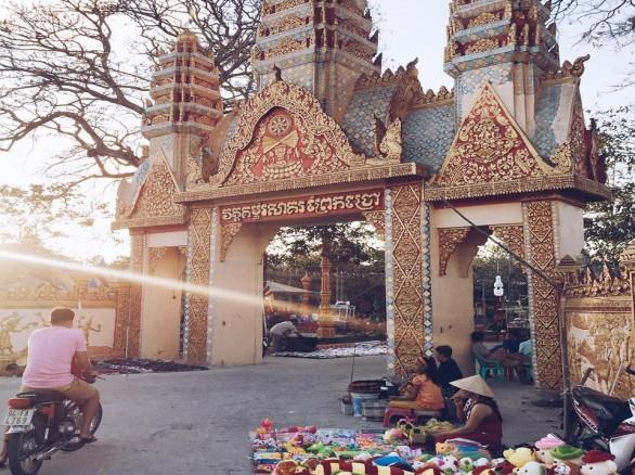 Đồ sộ kiến trúc Chùa Xiêm Cán