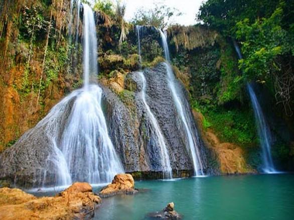 Xanh mướt thác Dải Yếm ở Mộc Châu