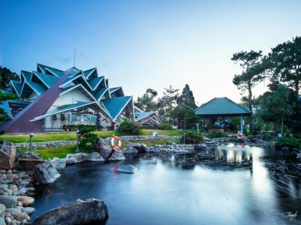 Khu du lịch Lá Phong - Một góc địa đàng
