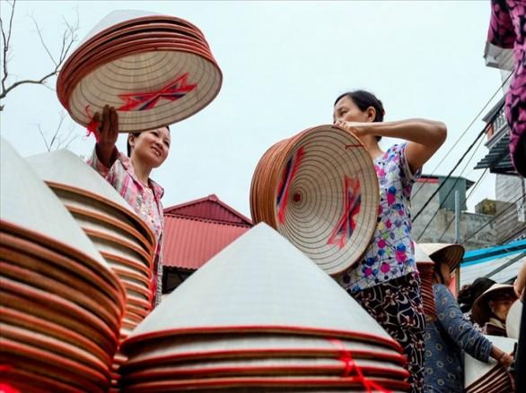 Làng nghề nón lá thôn Rục Kiều, Nam Định