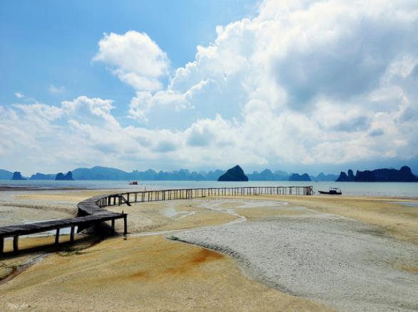 Quan Lạn - Hòn đảo xinh đẹp ở Quảng Ninh