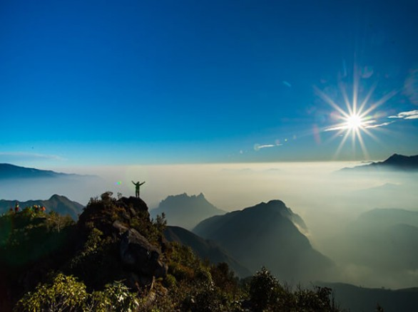 Chinh phục đỉnh Bạch Mộc Lương Tử
