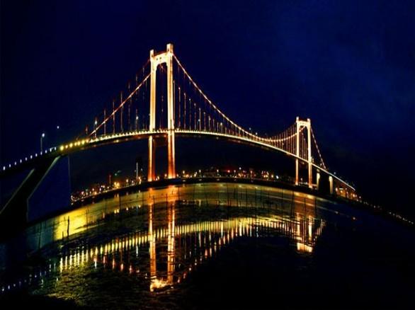 Cầu Thuận Phước - Dải lụa nối liền đôi bờ sông Hàn
