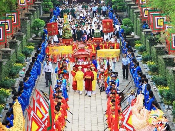 Lễ hội đền Hùng - Khám phá bản sắc văn hóa dân tộc Việt Nam