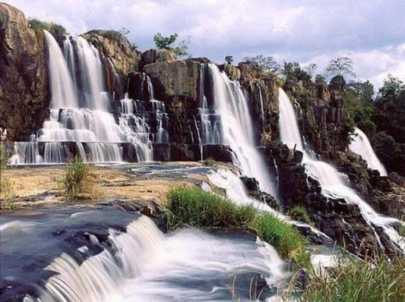 Ngắm thác Datanla hùng vĩ ở Đà Lạt