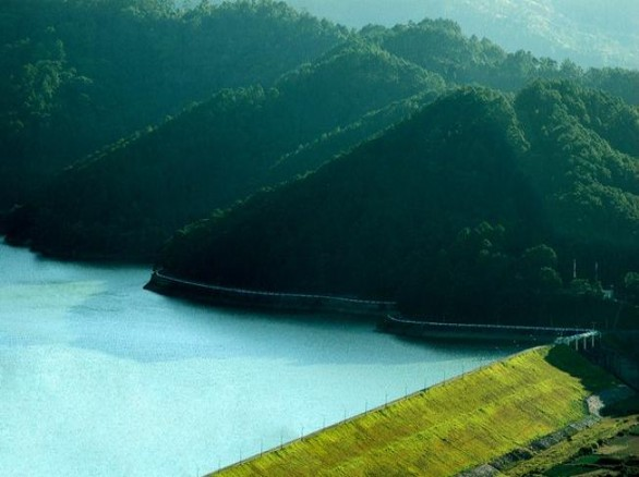 Hồ Đa Nhim - một công trình độc đáo của Đà Lạt