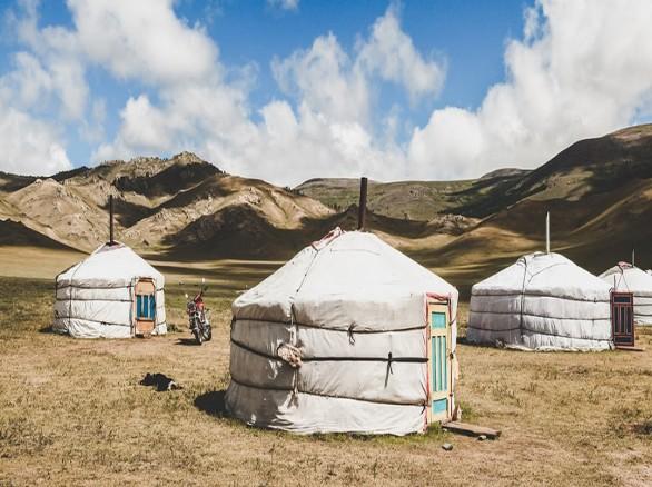 Làng Mông Cổ phiên bản Việt