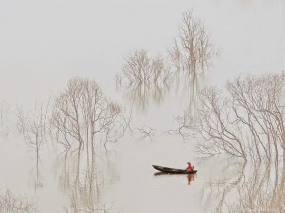 """""""Sương sớm trên hồ Đa Mi"""""""