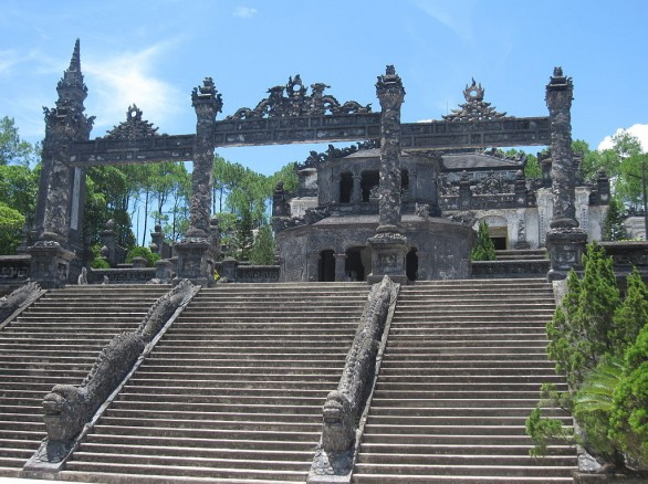 Lăng mộ nhà Nguyễn