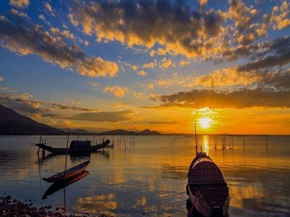 Vẻ hút hồn của Phá Tam Giang - đầm phá lớn nhất Đông Nam Á